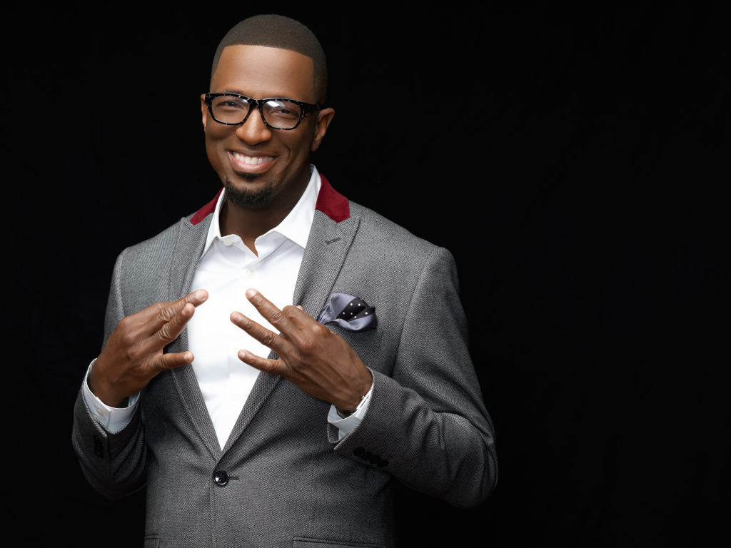 Ebony steele rickey smiley