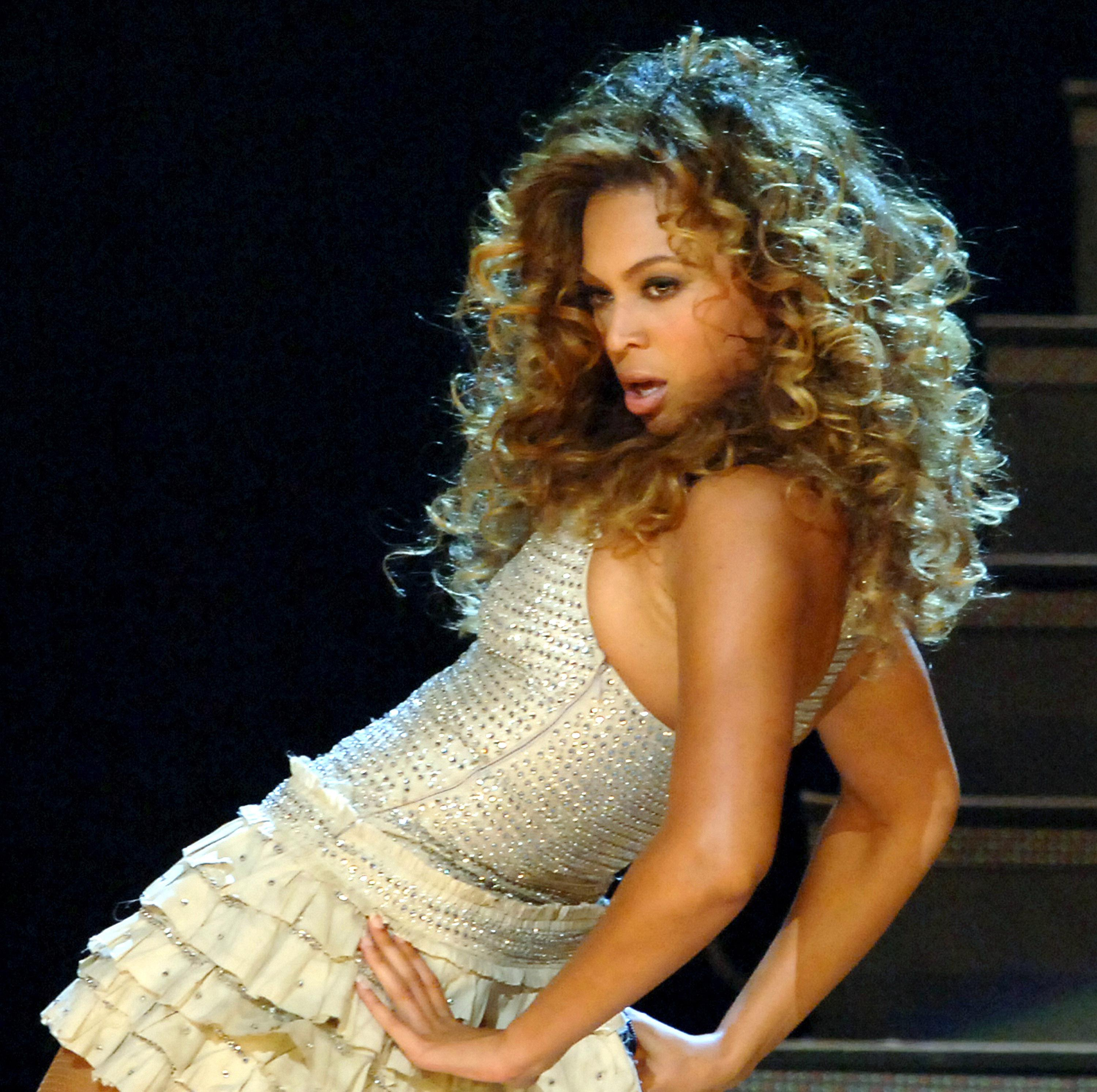 Beyonce Performs at 'WW City and Communications Presents HAPPY B'DAY PARTY' by Music World & Sony Music Japan International