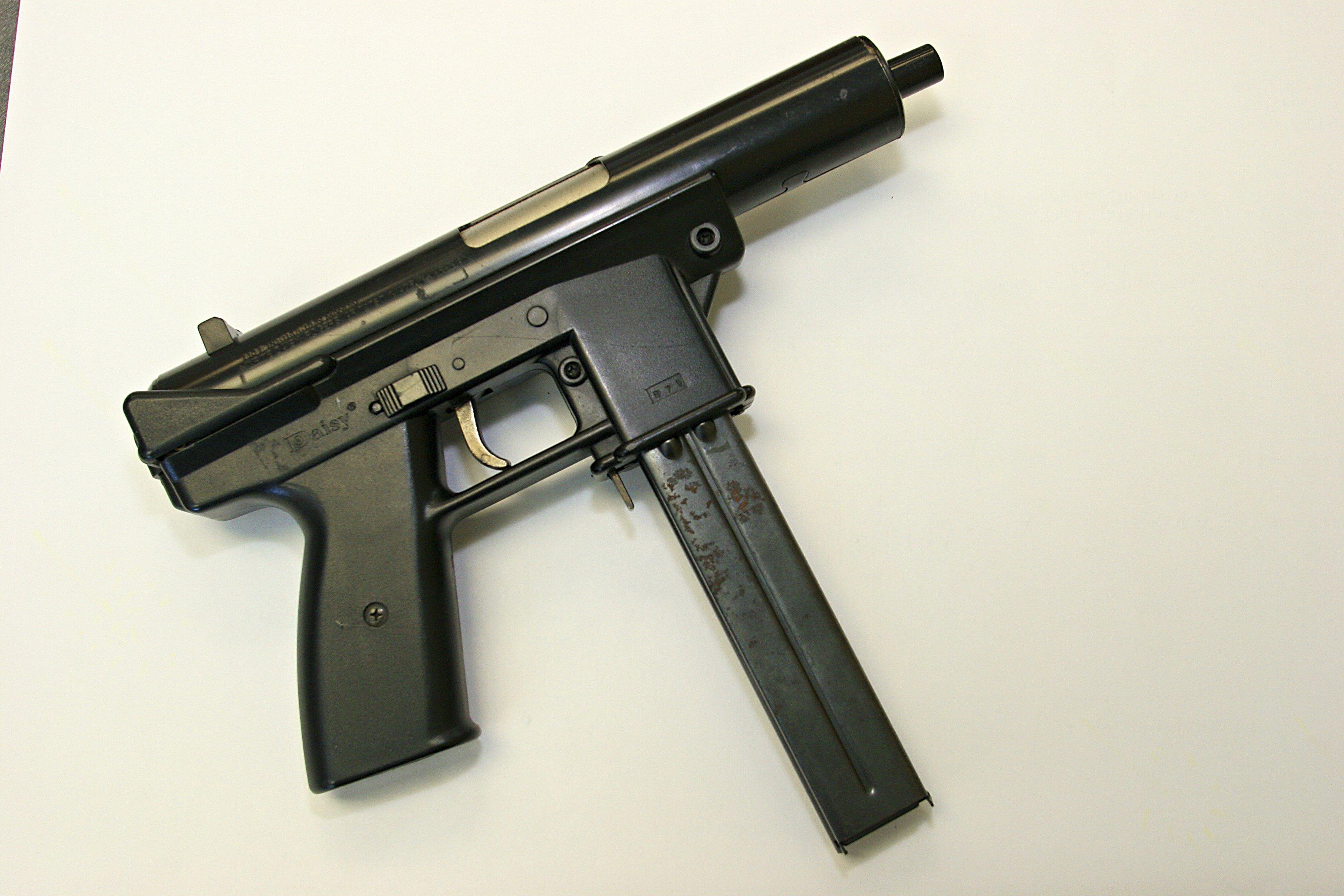 Fake Gun, Semi Automatic Submachine Gun