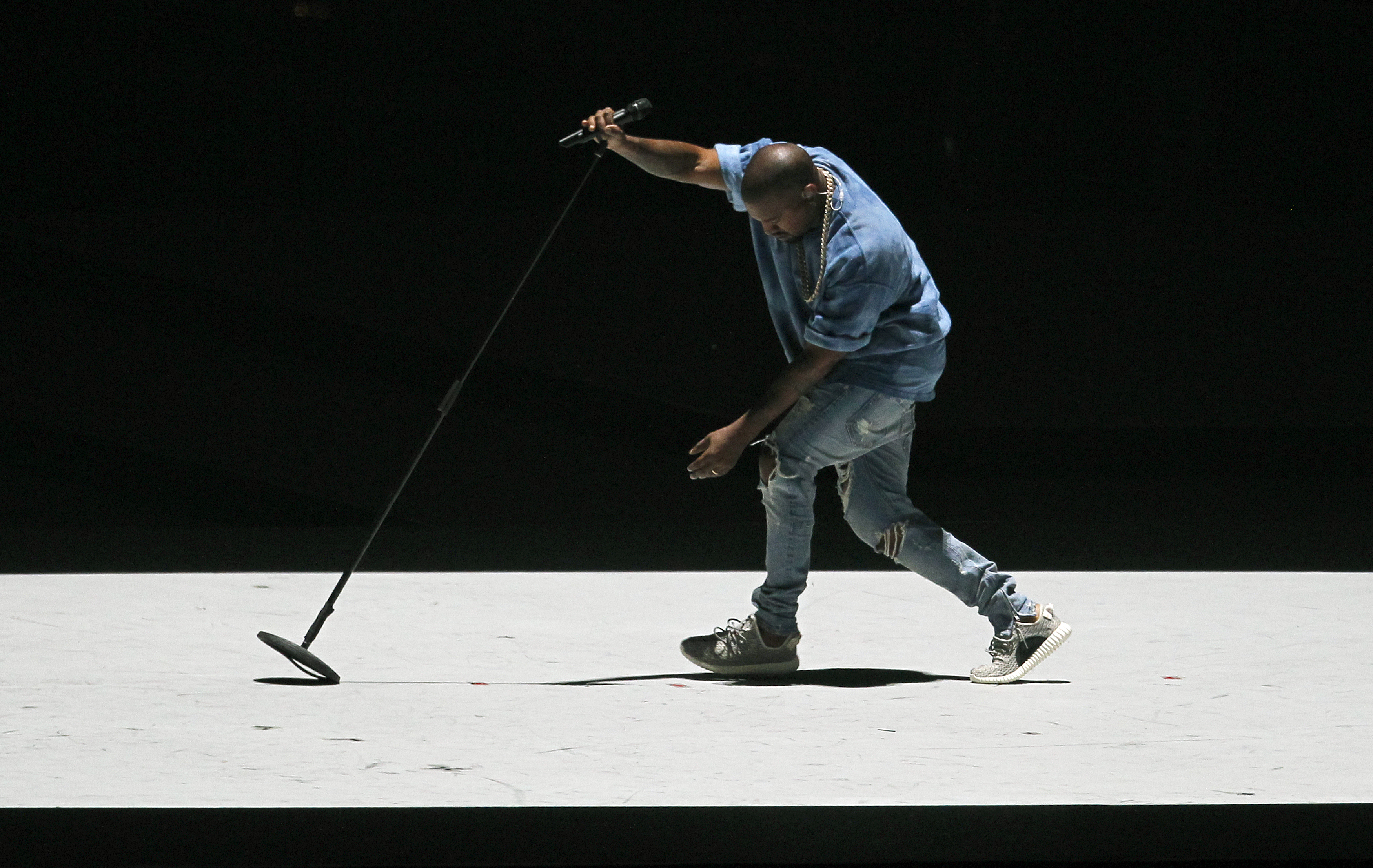 Singer Kanye West performs during the closing ceremony at the Toronto 2015 PanAm Games in Toronto