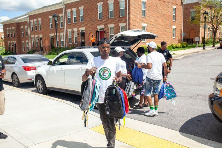 Dre Johnson Backpack Pull-Up